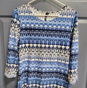 Tops - Crop sleeve blouse size small never worn